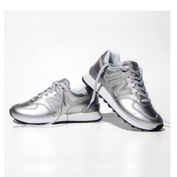 new balance silver sneakers